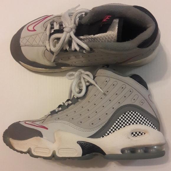 ad6e586b4b Nike Shoes   Air Griffey Max 2 Gray Girls Sneakers   Poshmark